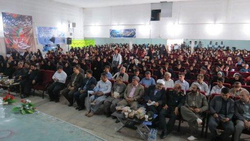 تبدیل کردن بی حجابی به یک فرهنگ در ایران از اهداف غربی هاست/ حجاب زن و مرد نمی شناسد
